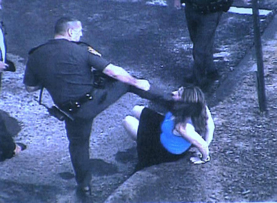 Brave Cops Assault Women