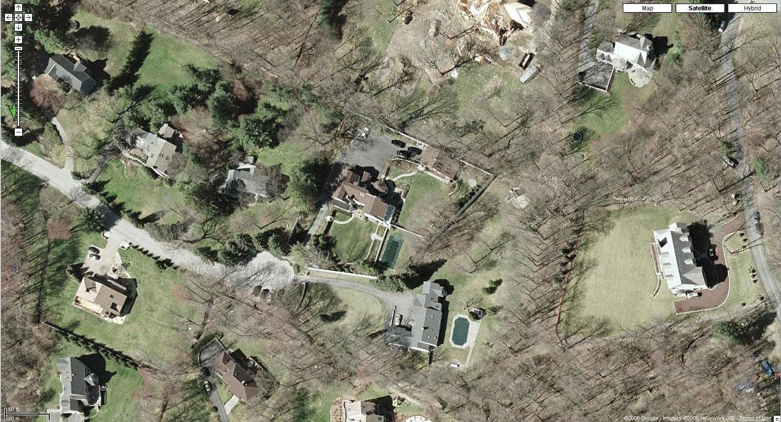 bill clinton house chappaqua eyeballing the pro war clinton residence