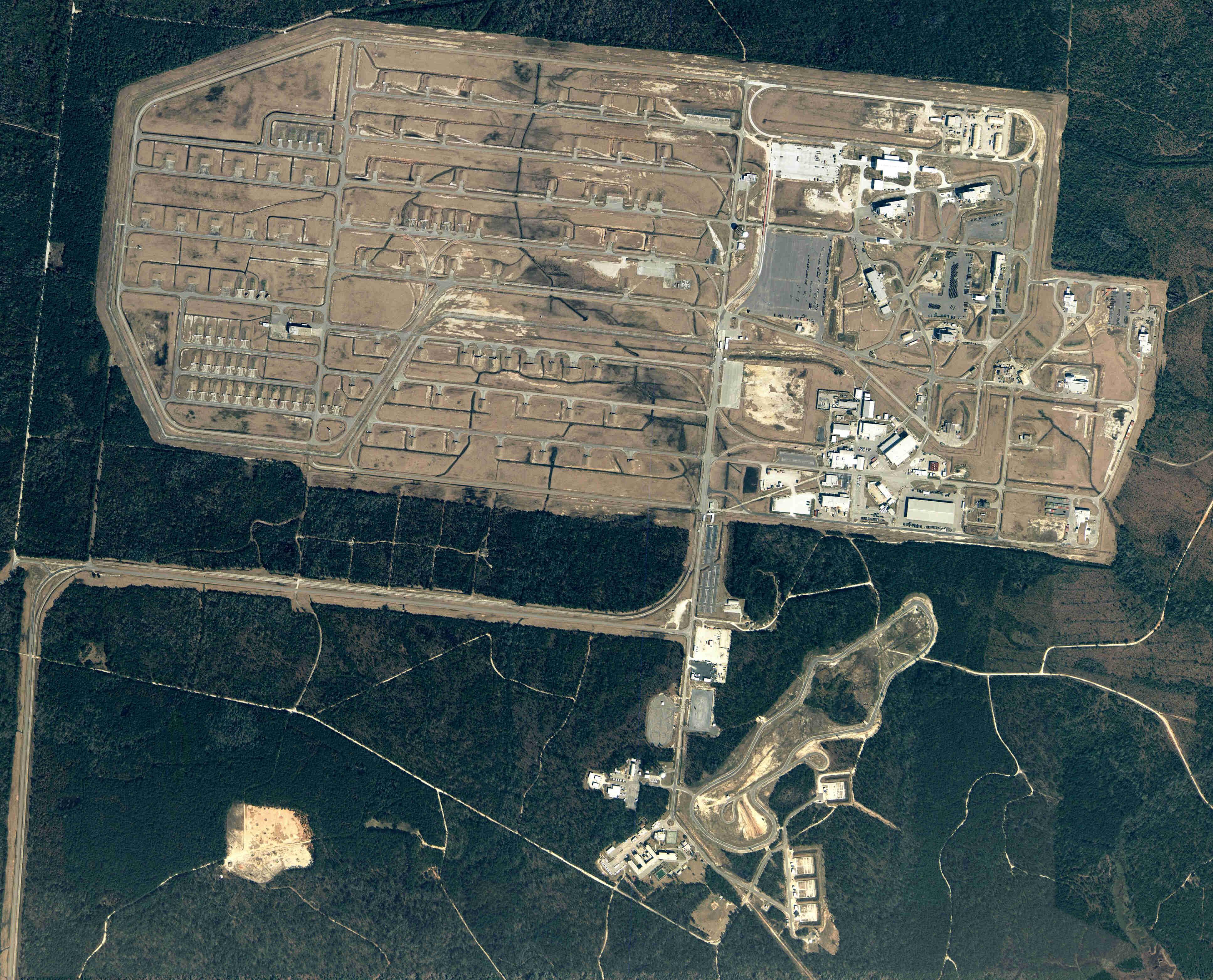 Charleston Naval Base >> Eyeballing the Charleston Naval Weapons Station