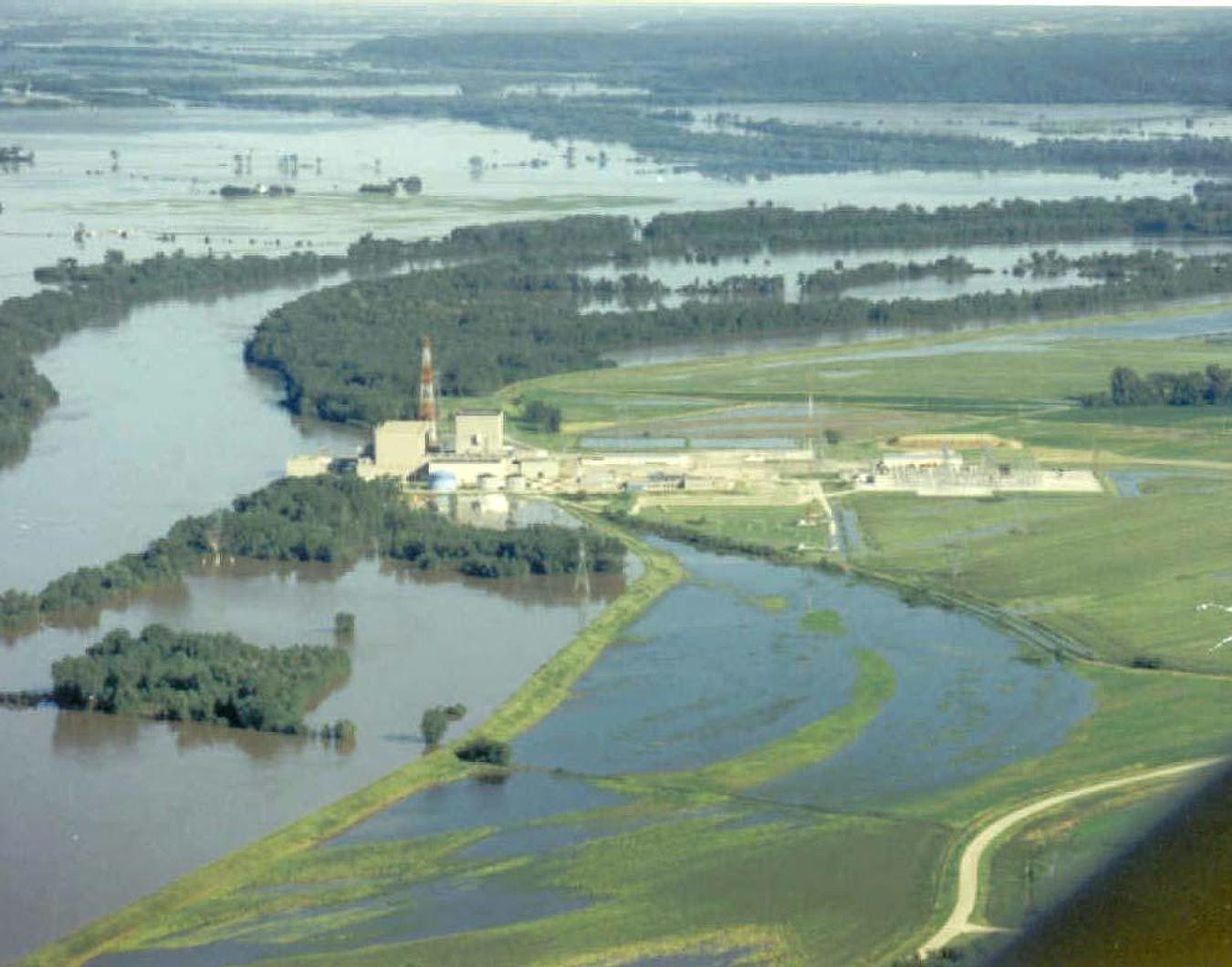 Nebraska Nuclear Power Plants Missouri River Flood Conditions