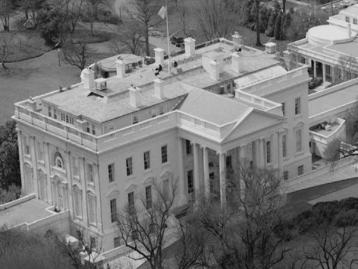 Eyeballing The White House Presidential Residence