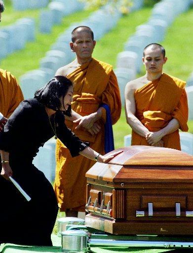 sky burial rituals in tibetan buddhism