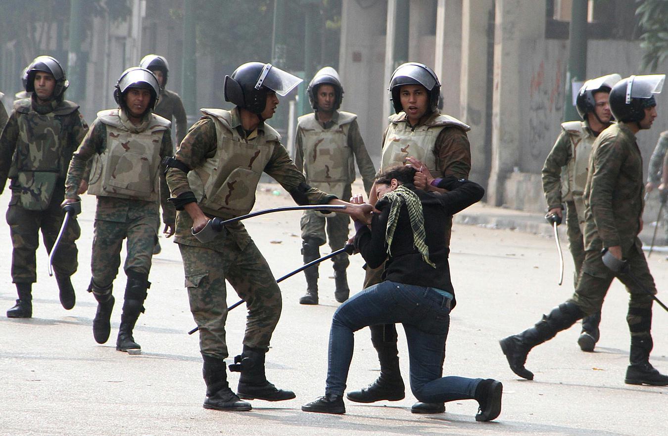 حقيقة ان اللي حرق المجمع الشرطة مجند في الجيش